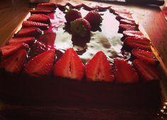 #cake #dolci #fragole #cioccolato #delicious #fantastic #wonderful #like #love #gnam