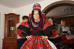 Wearing of dress (Wedding in Maramures-Romania) Romanian Wedding, Wedding Bells, Culture, Costumes, Wedding Dresses, Brides, People, How To Wear, Photography