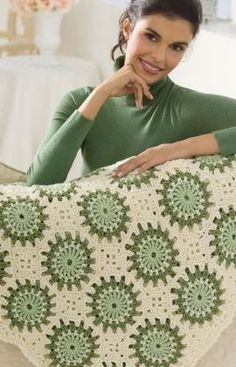 Circles in Octagons Throw Crochet Pattern.