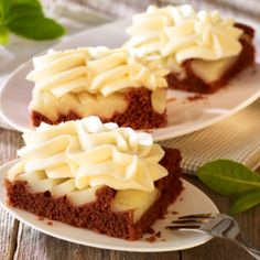 Birnen-Schokoladenschnitten Cheesecake, Desserts, Food, Pears, Chocolate, Tailgate Desserts, Deserts, Cheesecakes, Essen