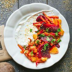 Salát zčervené řepy, mrkve apomerančů | Koření od Antonína Korn, Thai Red Curry, Food And Drink, Vegetarian, Ethnic Recipes, Diet