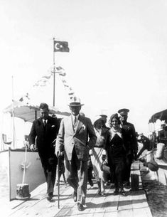 Little known pictures of Atatürk Marpessa Dawn, Ankara, Ancient Egyptian Cities, Weird History Facts, Revolution, Turkish Army, The Turk, Great Leaders, History Photos
