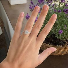 The #beautiful miss Antonia @_antonialoves_ and her #gorgeous #engagementring…