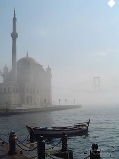 Mosque with fog in Bosphorus, Istanbul, Turkey / Мечеть Ортакёй, Стамбул, Турция