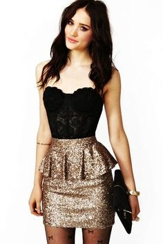 OMG! If I were not pregnant this would be my NYE dress!! Maybe I'll get it for next year!