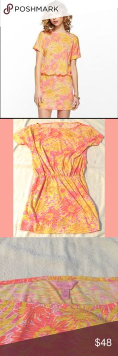 """HOST PICK!!Lilly Pulitzer Sun Kissed Dress XS Perfect for summer! Lightweight Lilly dress in the Sun Kissed print. Great condition. Bust approx 33"""" length 31"""".  100% cotton Lilly Pulitzer Dresses"""