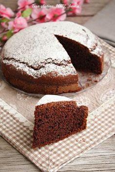 Torta 5 minuti al cacao senza glutine , ideale da servire per merenda o colazione . Una torta facilissima da preparare e veloce.