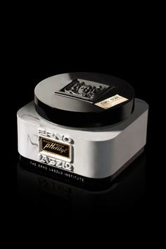 Erno Laszlo at Harrods. Beauty products used by Audrey Hepburn, Marilyn Monroe, Grace Kelly..... My favorite make up!!