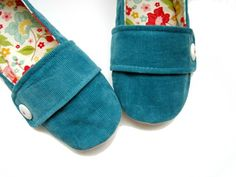 Women's Slippers - Jade Blue and Floral Moli-Maudes