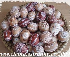 m Egg Art, General Crafts, Line Design, Interior Design Living Room, Easter Eggs, Wax, Breakfast, Spring, Food