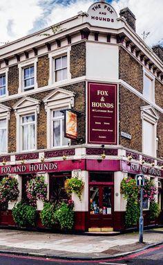 Fox  Hounds Pub - Battersea, London, England