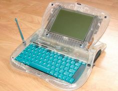 A prototype of the Apple eMate 300!