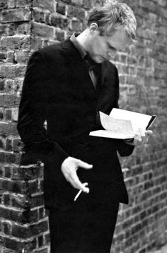 Paul Bettany reads. Such the sexy inspiration for Cristos in Water's Blood by Elaine Calloway