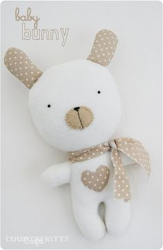 Countrykitty: Ago e filo/sewingbaby bunny softie by countrykittyHandmade pretties, gardening, crafting, home making and pretty things.A sweet neutral colored bunny for boy or girl.Another option for Allsorts Bunny. Softies, Sewing For Kids, Baby Sewing, Free Sewing, Baby Toys, Kids Toys, Sock Toys, Fabric Toys, Paper Toys