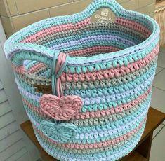 The most beautiful Crochet basket and straw models Crochet Decoration, Crochet Home Decor, Crochet Basket Pattern, Crochet Patterns, Crochet Baskets, Crochet Scarves, Knit Crochet, Crochet Storage, Crochet Fashion