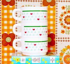 Dînette 🌿 #new #vintage #cup #arcopal #arcopalvintage #frenchvintage #vintagecup www.leclubdessottes.com