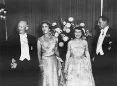 Queen Ingrid wore this tiara for an opera performance during the Danish State Visit to the US in October 1960.