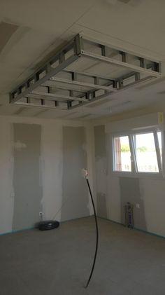 the false ceiling of the kitchen which overlooks t Gypsum Ceiling Design, Ceiling Design Living Room, Bedroom False Ceiling Design, Home Ceiling, Living Room Designs, Faux Plafond Design, Attic Shower, Kitchen Design, Modern Design