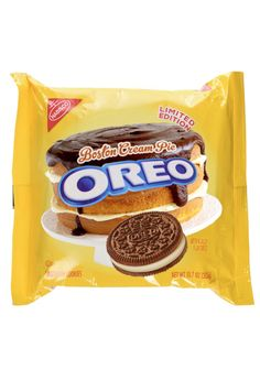 Take the creme filling to the next level, with a layer of ganache. Chocolate or golden Oreo cookies welcome. Weird Oreo Flavors, Pop Tart Flavors, Cookie Flavors, Different Oreo Flavors, Oreo Fluff, Oreo Tumblr, Sonic Cake, Delicious Desserts, Yummy Food