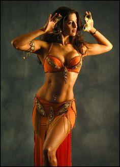 mariamjjj:    Belly dance