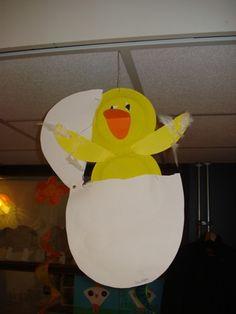 Spring Crafts For Kids, Holiday Crafts For Kids, Spring Projects, School Projects, Art Projects, Projects To Try, Bird Crafts, Holidays With Kids, Teaching Art