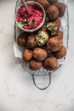 Spicy Cauliflower Falafel With Beetroot Dip. it has some items not in my pantry, but the flavors of the falafel sound good. Vegetarian Recipes, Cooking Recipes, Healthy Recipes, Vegan Vegetarian, Vegetarian Dinners, Dip Recipes, Vegetarian Canapes, Recipies, Vegan Meals