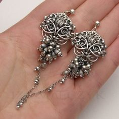 Silver Rain by Iza Malczyk Wire Jewelry Earrings, Wire Jewellery, Wire Wrapped Earrings, Silver Jewellery, Diamond Earrings, Wire Weaving, Wishful Thinking, Wire Work, Wrapping