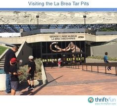 On a recent trip to California, my mom and I decided to visit the La Brea Tar Pits, in Los Angeles. I had been to it a few times as a kid, so I thought it would be fun to go back. It's a fun yet educational place to take the whole family.