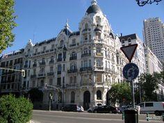 Passeando por las calles de Madrid-Espanha