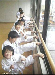 aaaalll the way up front. Martial Arts Humor, Muay Thai Martial Arts, Aikido, Taekwondo, Kids Mma, Shotokan Karate, Kyokushin, Martial Artists, Kung Fu