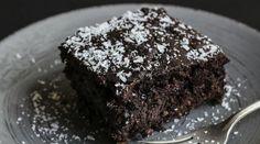 Receita de Bolo Nuvem de Chocolate de Liquidificador - Receita Toda Hora