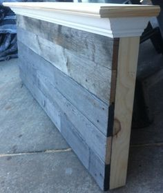 Queen Size Barn wood headboard :: Hometalk Barn Wood Crafts, Barn Wood Projects, Furniture Projects, Wood Furniture, Bedroom Furniture, Bedroom Decor, Bedroom Ideas, Industrial Furniture, Furniture Design