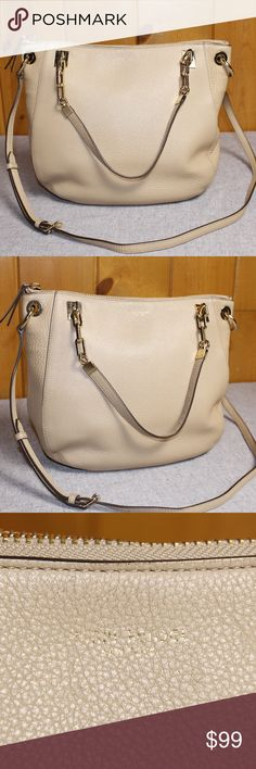 """Henri Bendel Cream SoHo Hobo Crossbody Henri Bendel SoHo Hobo Crossbody Cream Pebbled Leather. Golden Hardware. 11"""" Height x 14"""" Width x 4"""" Depth - Handle Drop 7.5"""" -  Adjustable Crossbody Strap 18""""-21"""" Length The short handles have wear and discoloration. The hardware has some light scratches. Some areas of the purse have light wear, but still a very beautiful purse! henri bendel Bags Crossbody Bags"""