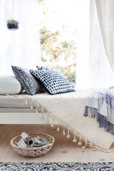 Emily_Henderson_Target_Sun_Room_Threshold_Archipelago_Air_Plant_Blue_White_Bright_Day_Bed
