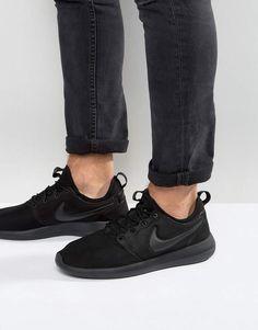 Shop Nike Roshe Two Trainers In Black at ASOS. Nike Roshe Two, Nike Trainers, All Black Sneakers, Nike Shoes, Fashion, Nike Tennis, Moda, Fashion Styles, Nike Shoe
