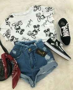 Summer outfits and cute outfits. Cute Disney Outfits, Disneyland Outfits, Komplette Outfits, Cute Summer Outfits, Teen Fashion Outfits, Cute Casual Outfits, Outfits For Teens, Stylish Outfits, Girl Fashion