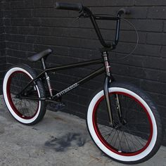 bmx kink bike co Black Bmx Bike, Bmx Bicycle, Cycling Bikes, Cycling Art, Cycling Jerseys, Bmx Velo, Best Bmx, Bmx Street, E Skate