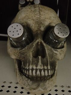 SKULL SALT AND PEPPER SHAKER SET GOTHIC SCARY ODDITIES WITCH KITCHEN DECOR | eBay... would love them to be in eyeball form
