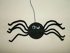JolieArt:- How to Make a Halloween Spider