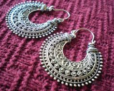 Tribal Aztec Pattern Ethnic Gypsy Earrings Silver Tone di mraur