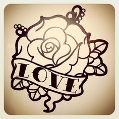 Classica rosa old school tattoo Un esempio di classico tatuaggio old school, ancora oggi super trendy.