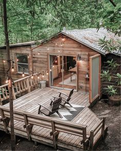 my scandinavian home: Before & After: A Dated Cabin Becomes a Dreamy Airbnb Hideaway In The Woods Cabin In The Woods, Cottage In The Woods, Summer Cabins, Wooden Cabins, Cabins And Cottages, Cabin Homes, Wood Homes, Scandinavian Home, Little Houses