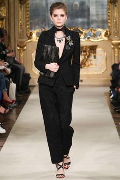 Les Copains Fall 2015 Ready-to-Wear Collection Photos - Vogue