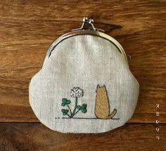 スミレソラ Embroidery Purse, Diy Embroidery Patterns, Bag Patterns To Sew, Ribbon Embroidery, Cross Stitch Embroidery, Sewing Patterns, Fabric Bags, Handmade Bags, Wall Photos
