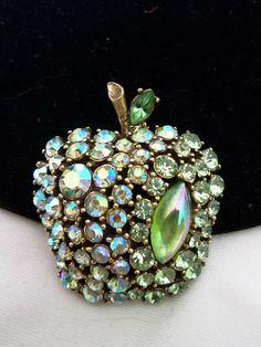 ART Vintage 1960s Brooch Pin Iridescent Green Rhinestone Apple Fruit Glass Gold Plated