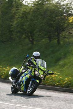 Buyer Guide: Yamaha FJR1300 - FJR owning tips - p3 - Page 3 - Road Tests: Used - Visordown