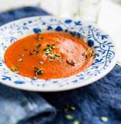 Paahdettu valkosipuli-tomaattikeitto, resepti – Ruoka.fi