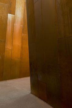 Gallery of Arabian Library / richärd+bauer - 16