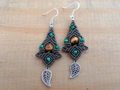 FREE SHIPPING Tiger eye and Malachite Macrame by SelinofosArt