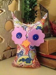 Medium owl from Ugg Lee Dolls on facebook